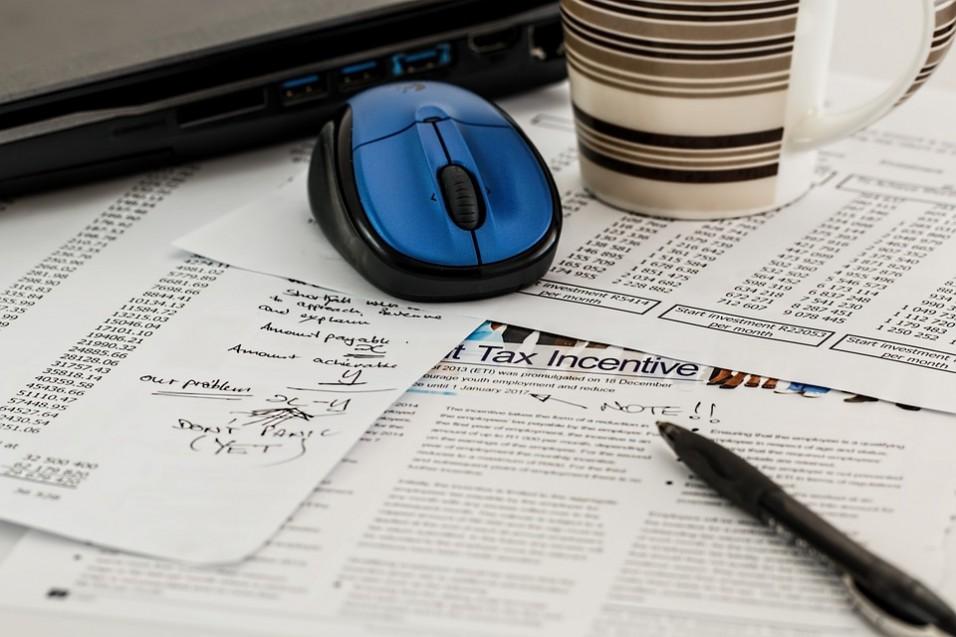 Jak rozliczyć dochody z pieniędzy zarobionych w internecie?